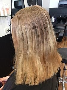 Hair Blonde Foils Before